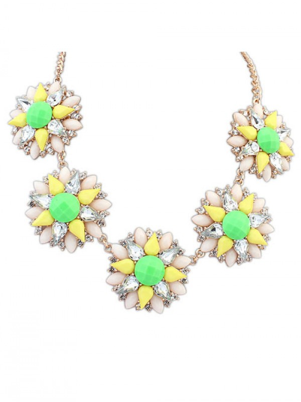 Occident Stylish Street shooting Popular Flowers Hot Sale Necklace