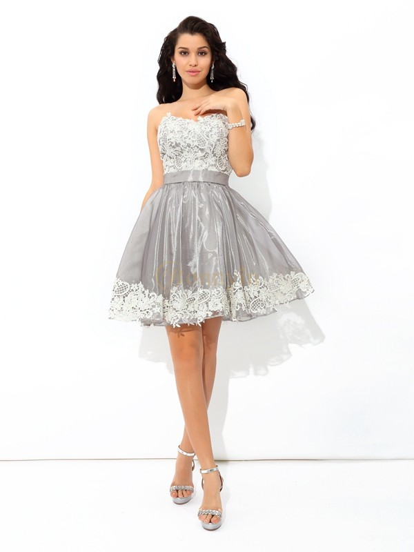 2eb4f94d28980 Gris Tulle Col en coeur A-ligne Princesse Courte Mini Robes de cocktail